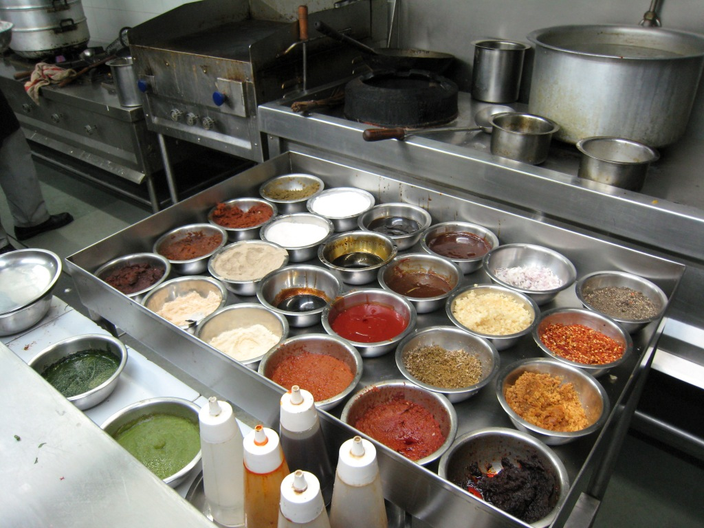 Mise_en_place_for_hot_station